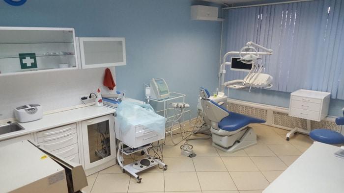 протезирование зубов ЮАО